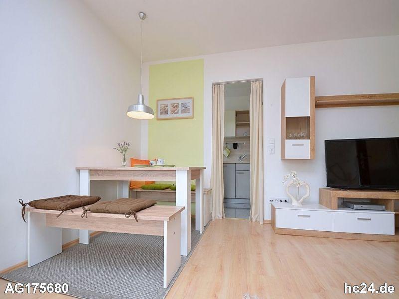 Modern möblierte Wohnung mit Terrasse in Stuttgart Botnang